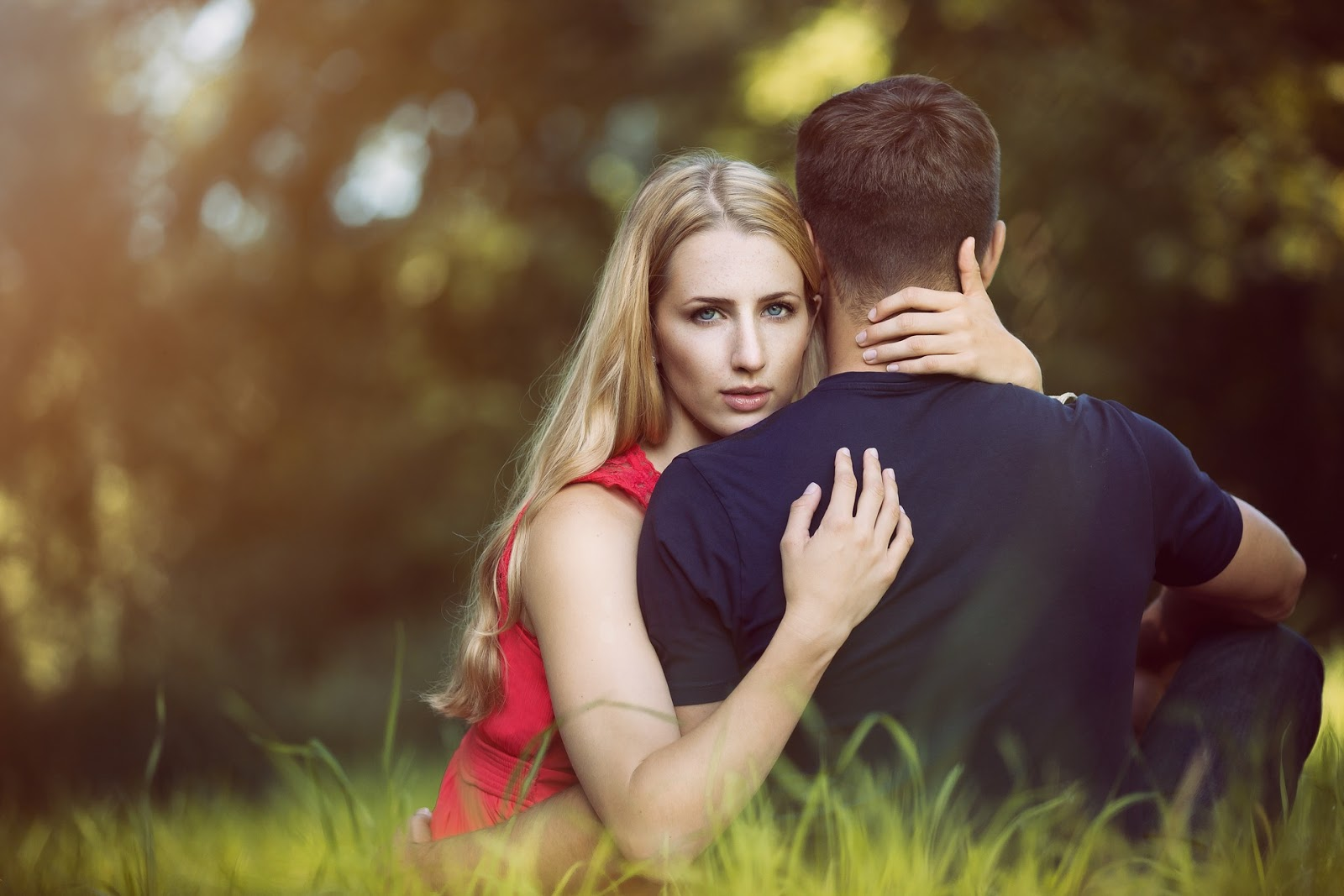 12 Suggestions to New Lovers - Suggestions to Girls And Boys who want to Love someone
