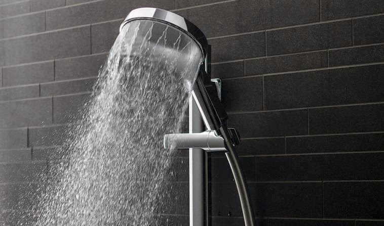 how to turn the water off to a shower