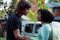 Everything, Everything Amandla Stenberg and Nick Robinson Image 5 (10)