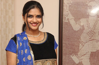Tamil Actress Vasundra Latest Picture Gallery and Interview 0014.jpg
