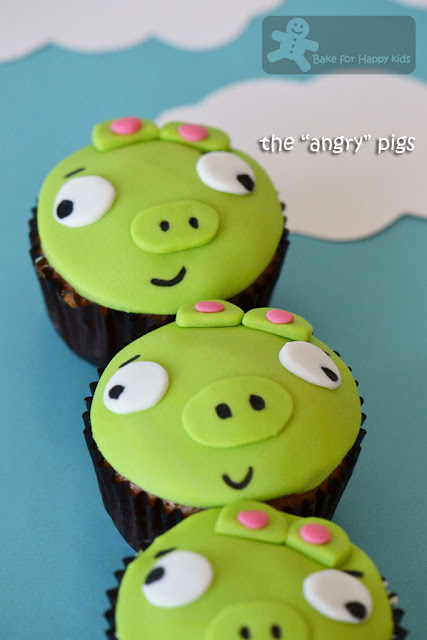bad piggies cupcakes