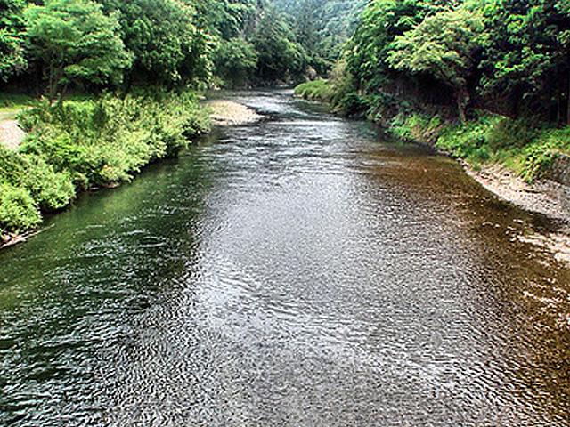 แหล่งน้ำธรรมชาติในเมือง izumo ที่ได้ชื่อว่าดีที่สุดในประเทศญี่ปุ่น ที่มีอยู่ใน Izumo ครีม