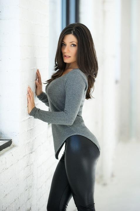 Foto Hot Model Sarah Clayton 10
