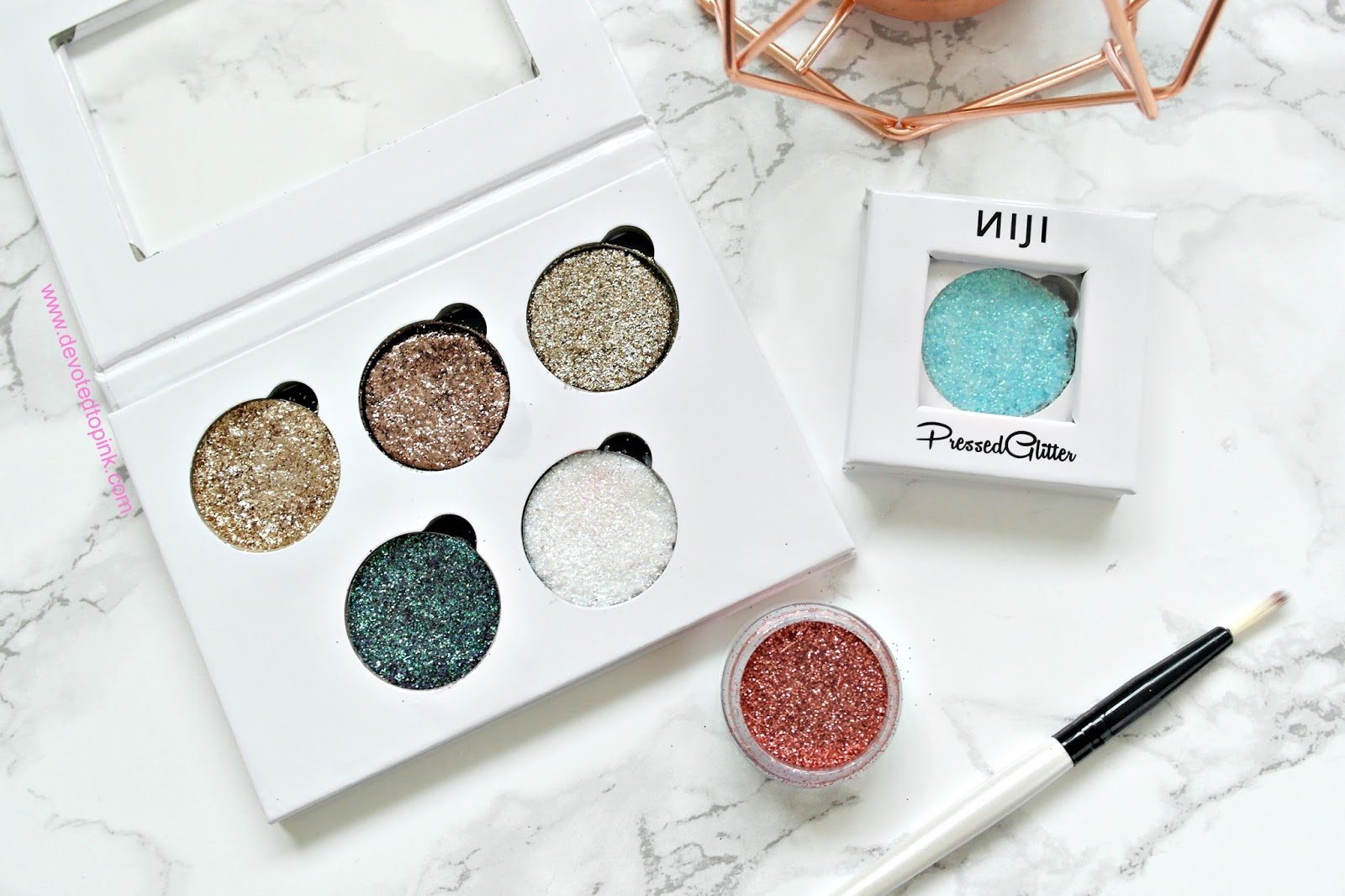 glittereyes, niji cosmetics, glitter, review, glitter lovers, glitter eyeshadow