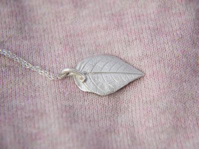 Bridal wedding elf art nouveau nature Elvish Leaf Pendant Necklace in Sterling Silver, Adjustable