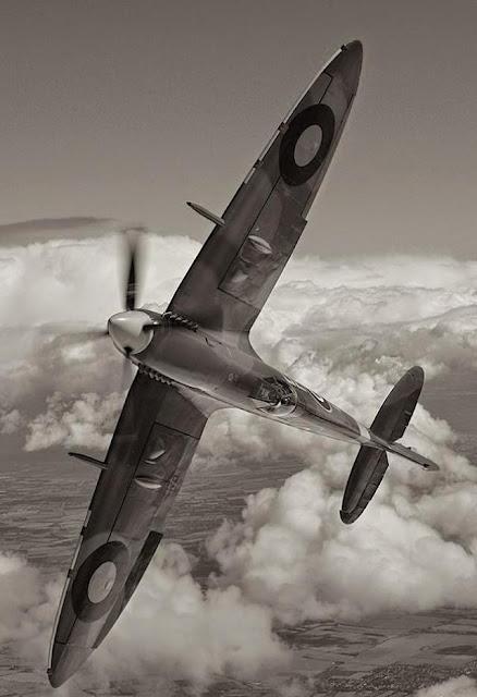 Spitfire worldwartwo.filminspector.com