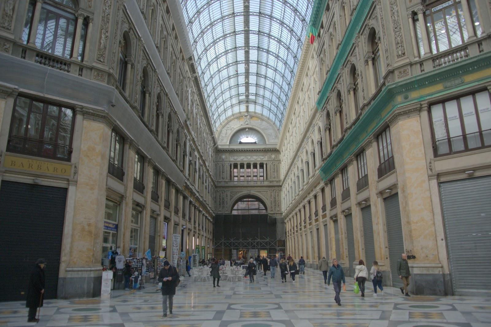 galeria Umberto Neapol, jak zwiedzać?
