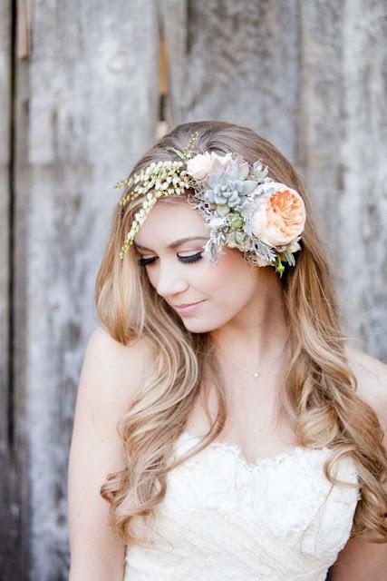Fresh Flower Wedding Hair Pieces
