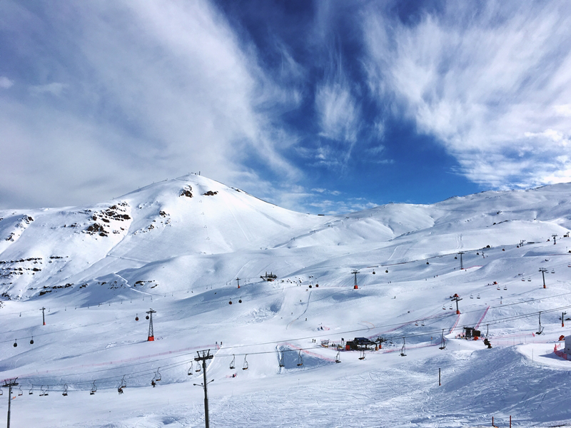 Viagem Santiago Chile Valle Nevado Neve Histórias Experiências Guia Turismo Cordilheira dos Andes Stephanie Vasques Viagens Não é Berlim blog naoeberlim