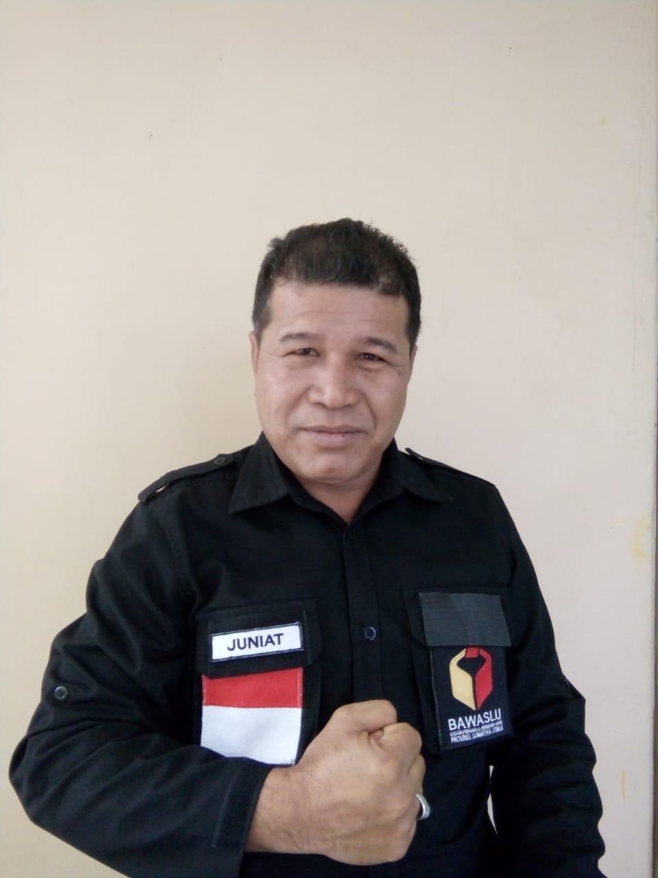 Ketua Bawaslu Kabupaten Toba Samosir Juniat Sitorus,S.Sos