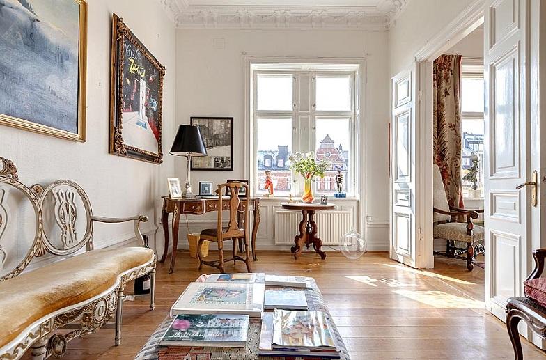 floors wood flooring gilded mirror gold molding apartment