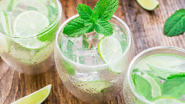 Mint Garnish Cocktail