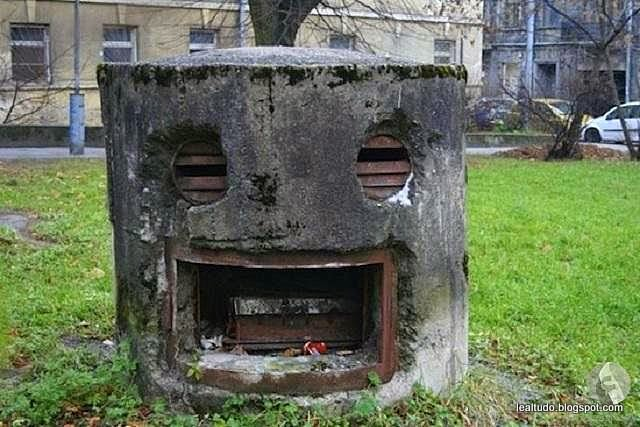 Burned Happy Face - Rosto Feliz Queimado - Pareidolia-001