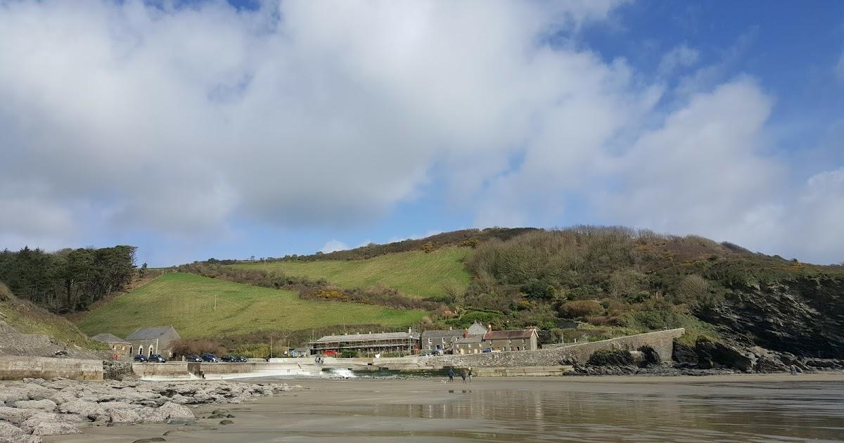 Caerhays Castle Coastal Walk In Cornwall