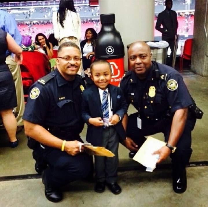 Международный конгресс 2014 Полицейские