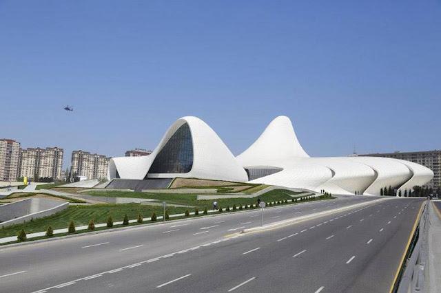 trung tâm văn hóa Heydar Aliyev ở Baku