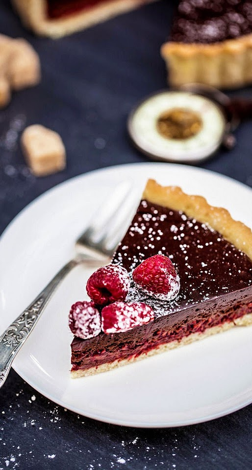 Chocolate Raspberry Cake Desert  Galaxy Note HD Wallpaper