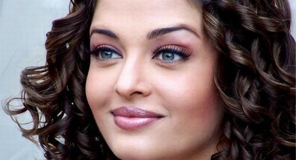 Sexy Aishwarya rai images hot images
