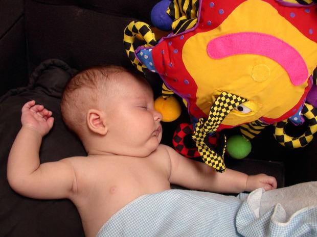 DOLCE NANNA Come rispettare la fisiologia del sonno dei neonati ed  accoglierne il bisogno bb1c65ae9cd