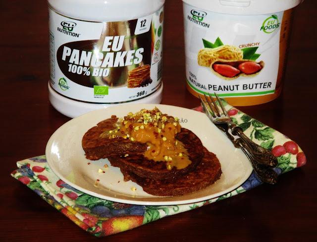 Panquecas de Cholate com Manteiga de Amendoim