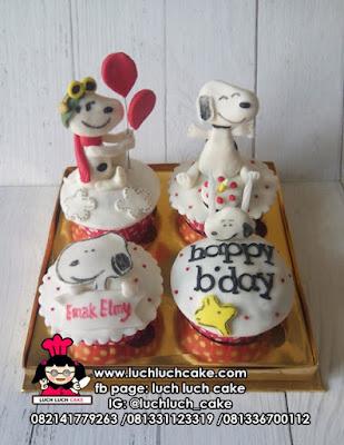 Cupcake Tema Snoopy