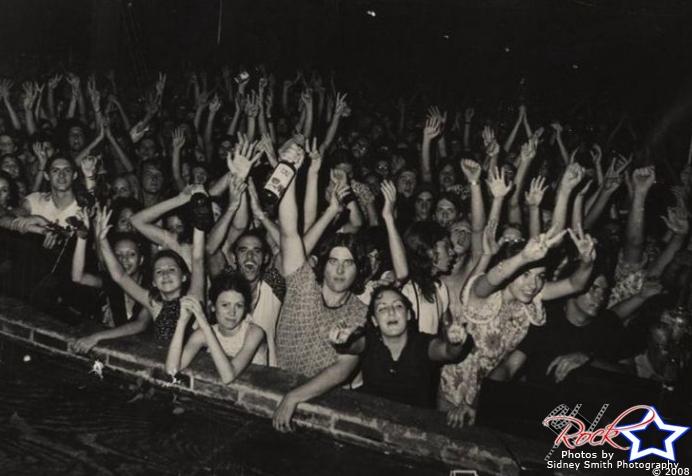 Fanaticos en la Warehouse en 1971.