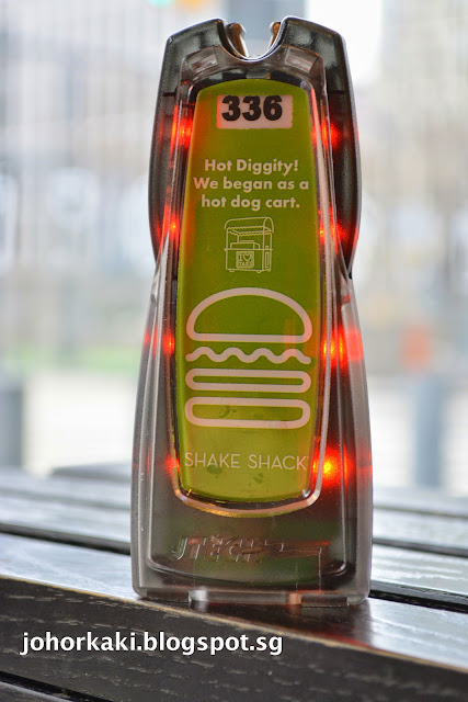 Shake-Shack-Burger-NYC-New-York
