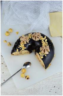 Tarta mousse de praliné con cobertura espejo de chocolate- receta de mousse- tarta mousse- praliné- cobertura espejo- cobertura espejo de chocolate