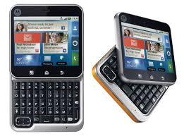 Spesifikasi Ponsel Motorola FlipOut