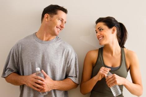 Bagi wanita yang memang memiliki dasar baik hati 5 Dampak Terlalu Baik Dengan Pria Yang Sudah Menikah