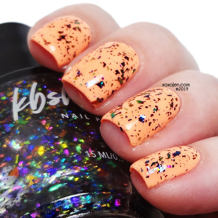 xoxoJen's swatch of KBShimmer Off Tropic