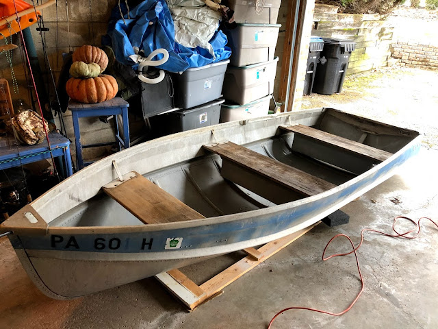 before restoration of 1970's Sea King Aluminum Rowboat