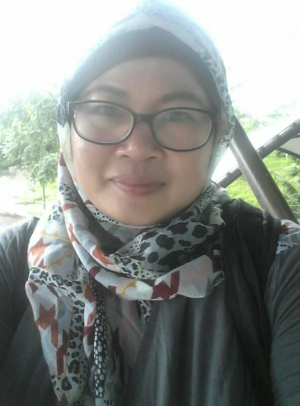 Teti Seorang Janda Dengan 3 Anak, Beragama Islam, Suku Sunda, Di Tangerang, Provinsi Banten Mencari Jodoh Pasangan Pria Untuk Dijadikan Sebagai Calon Suami