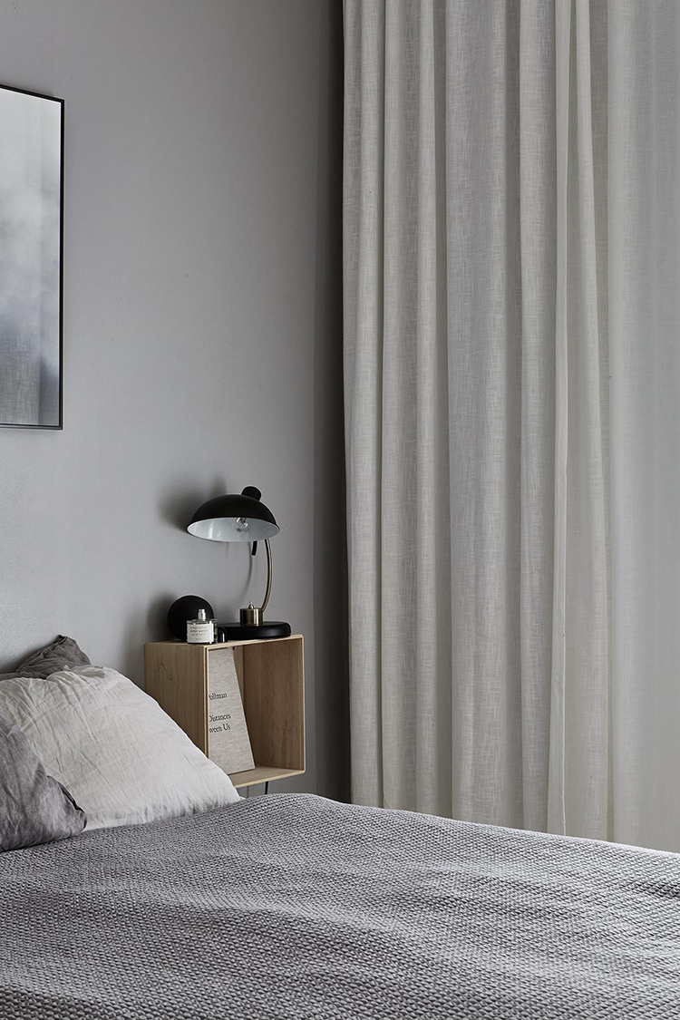 5 things that curtains can hide inside a bedroom |  Photo via Fantastic Frank