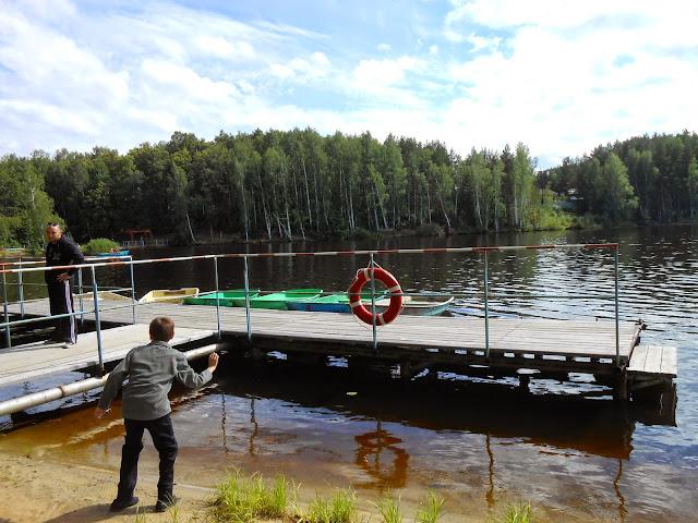 Лодочная станция на берегу Деханова пруда