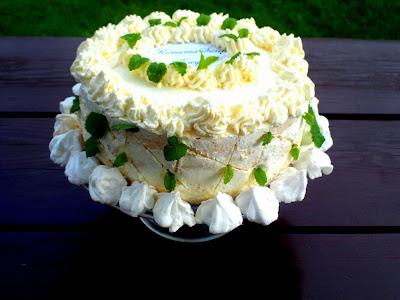 Tort na przyjęcie komunijne