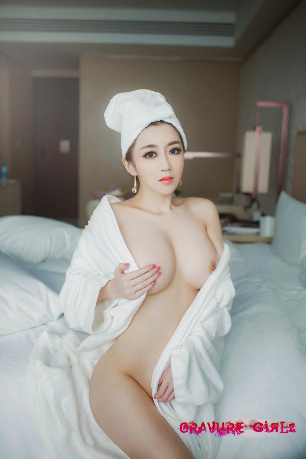 Luci  Nude Chinese Girl W Huge Boobs And Butt -7611