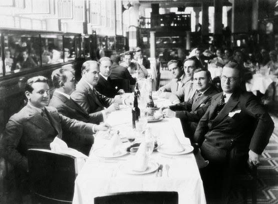 Osvaldo Aranha em almoço com líderes rio-grandenses da Revolução de 1930.