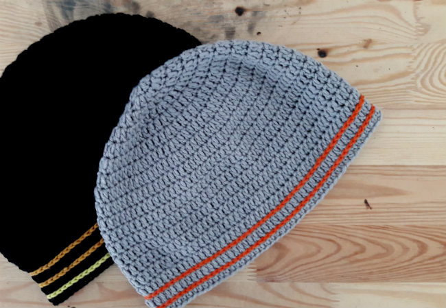 Men's beanie: free crochet pattern | Happy in Red