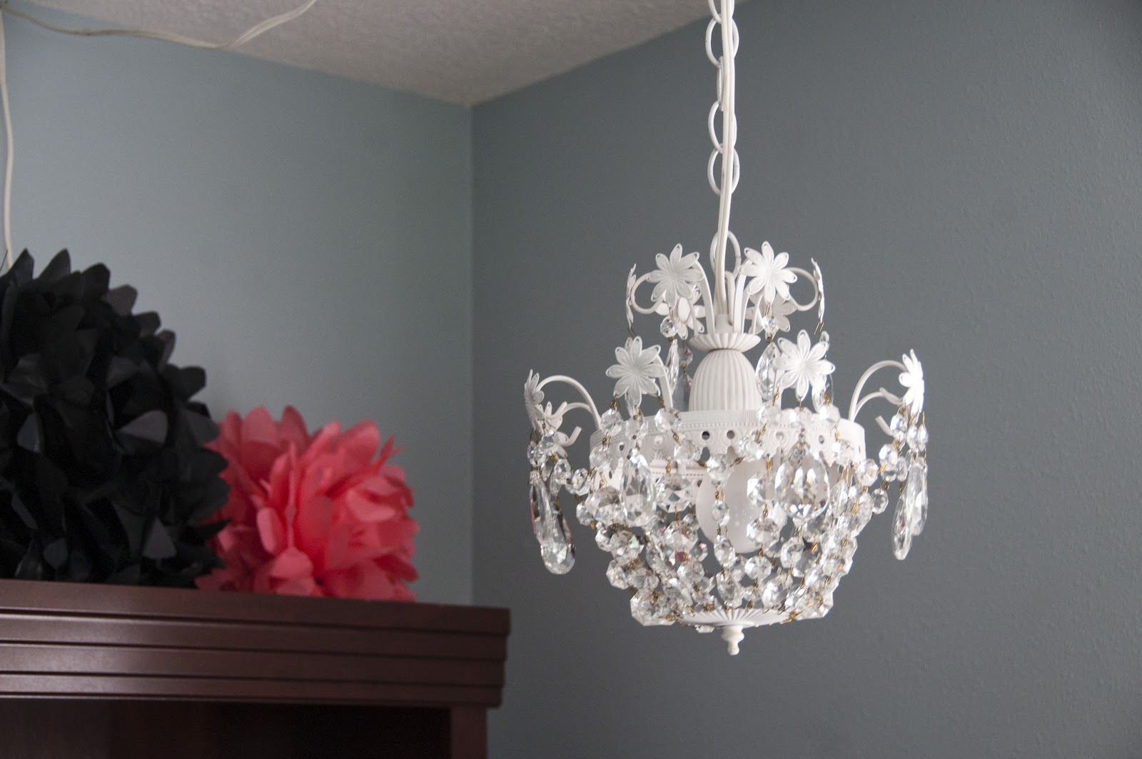 A Carpenter's Wife: DIY Chandelier