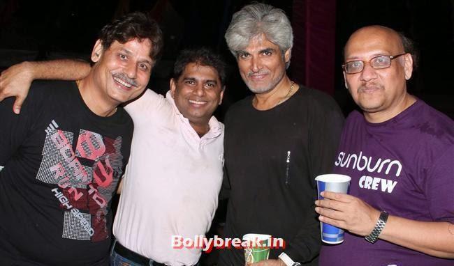 Mohammad Fasih With Harindra Singh and Friends, Goa Party Pics 2013, Goa Sunburn Festival Pics 2013