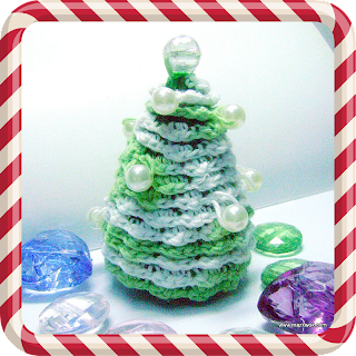 crochet Christmas pearl tree