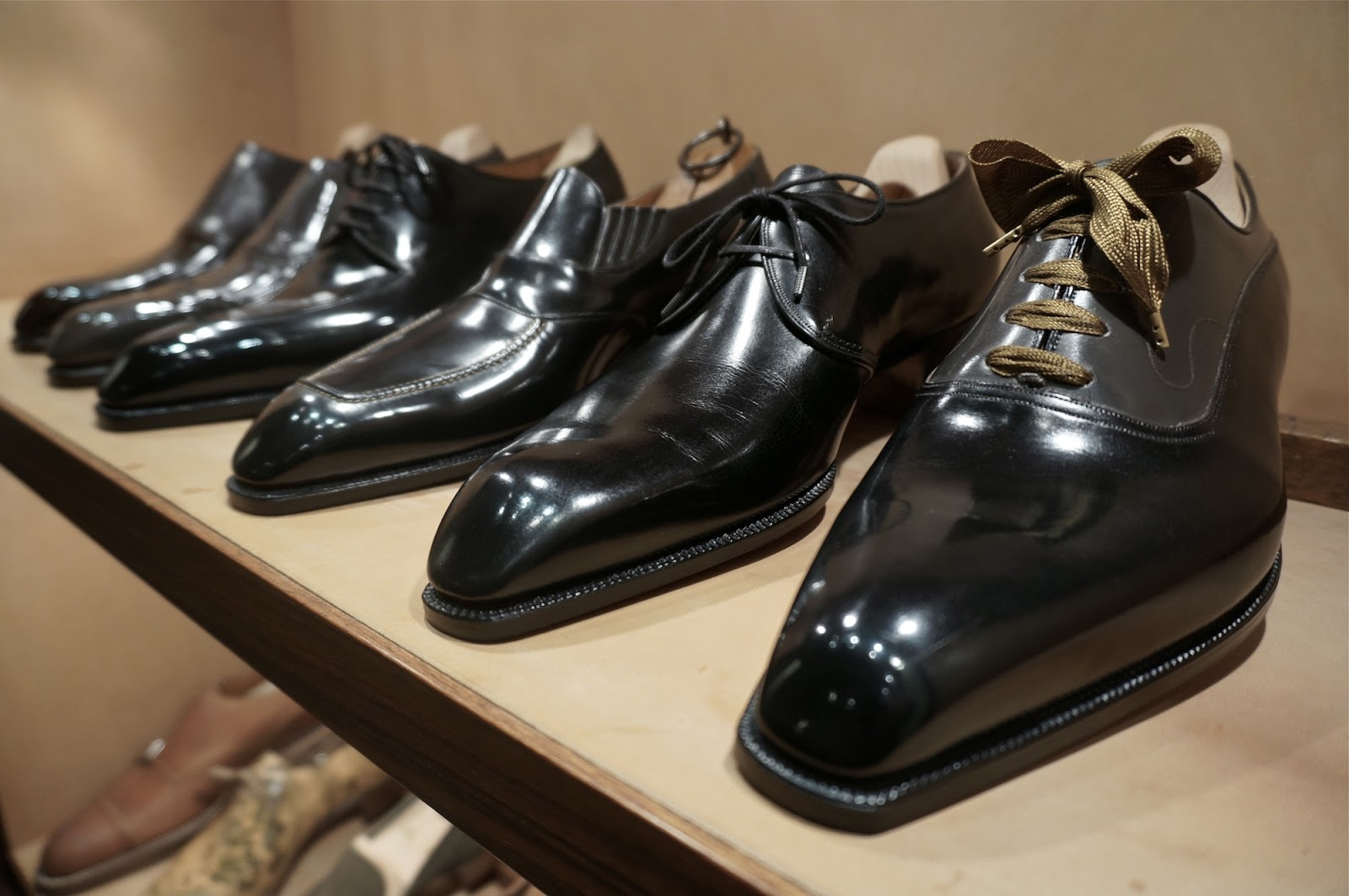 3 Shoes That You Wear in Your Travels
