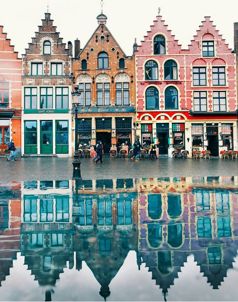 http://www.lush-fab-glam.com/2017/03/destination-colorful-cities.html