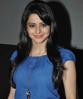 Aamna Sharif Profile Biography Biodata wiki Age Affairs Height Weight Husband and Family Photos