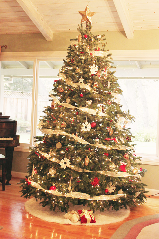 How To Put Ribbon On Christmas Tree.Pictures Of Christmas Trees With Ribbon Loris Decoration