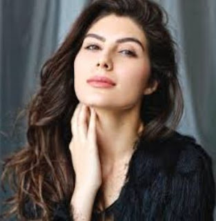 Elnaaz Norouzi Family Husband Son Daughter Father Mother Marriage Photos Biography Profile.