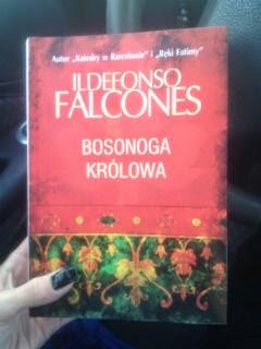 """Bosonoga królowa"" Ildefonso Falcones, fot. paratexterka ©"