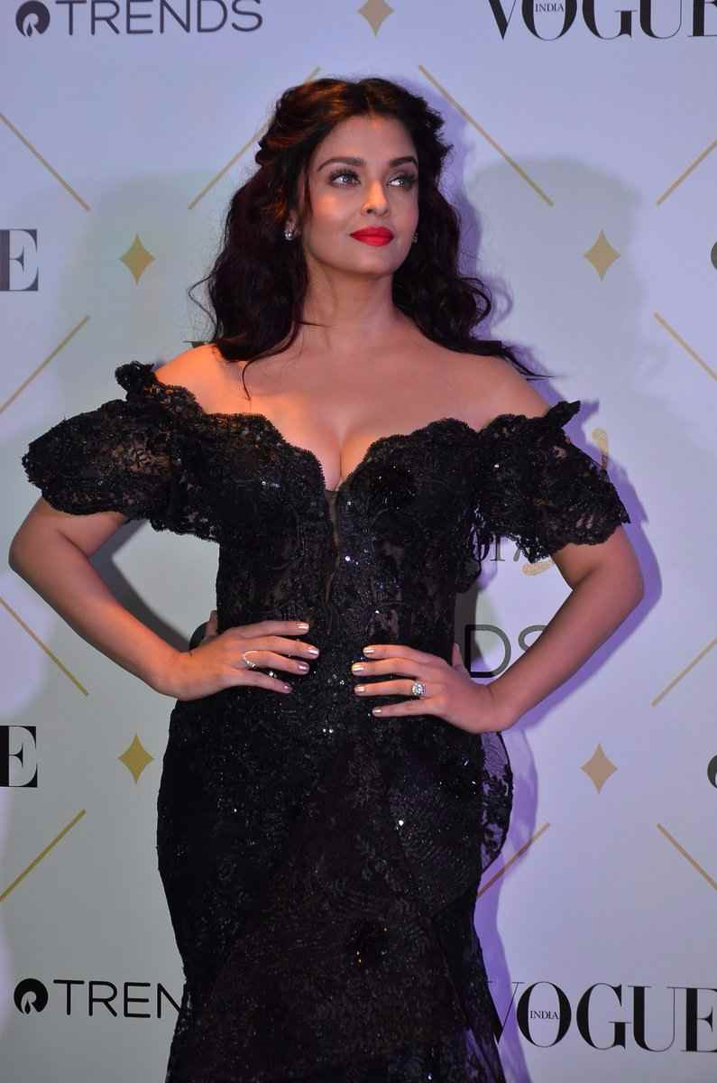 aishwarya rai hot photos at vogue beauty awards 2017%2B%25288%2529