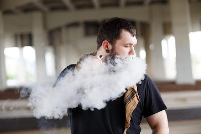 How to vape e-liquid